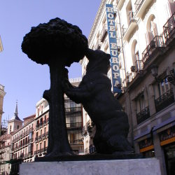 Oso y Modroño in the Puerta del Sol