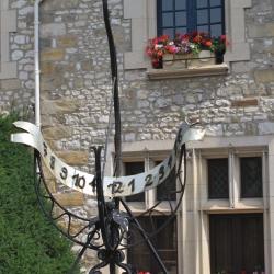 Sundial at La Mairie de Moret-sur-Loing,