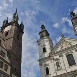 Černá věž a Jezuitský kostel v Klatovech