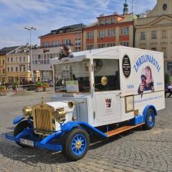Netradiční zmrzlina na klatovském náměstí